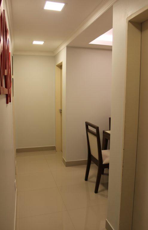 Projeto corrigiu iluminação do corredor